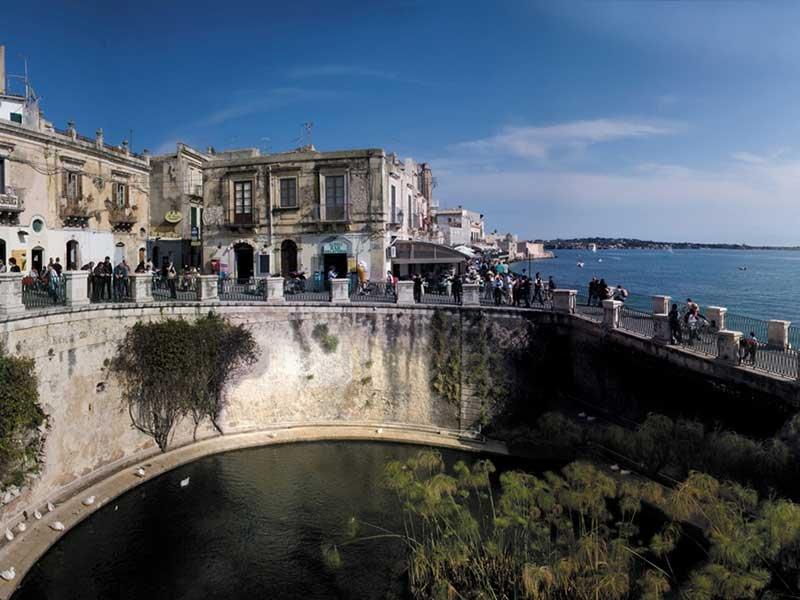Siracusa - Sicilya Limanı