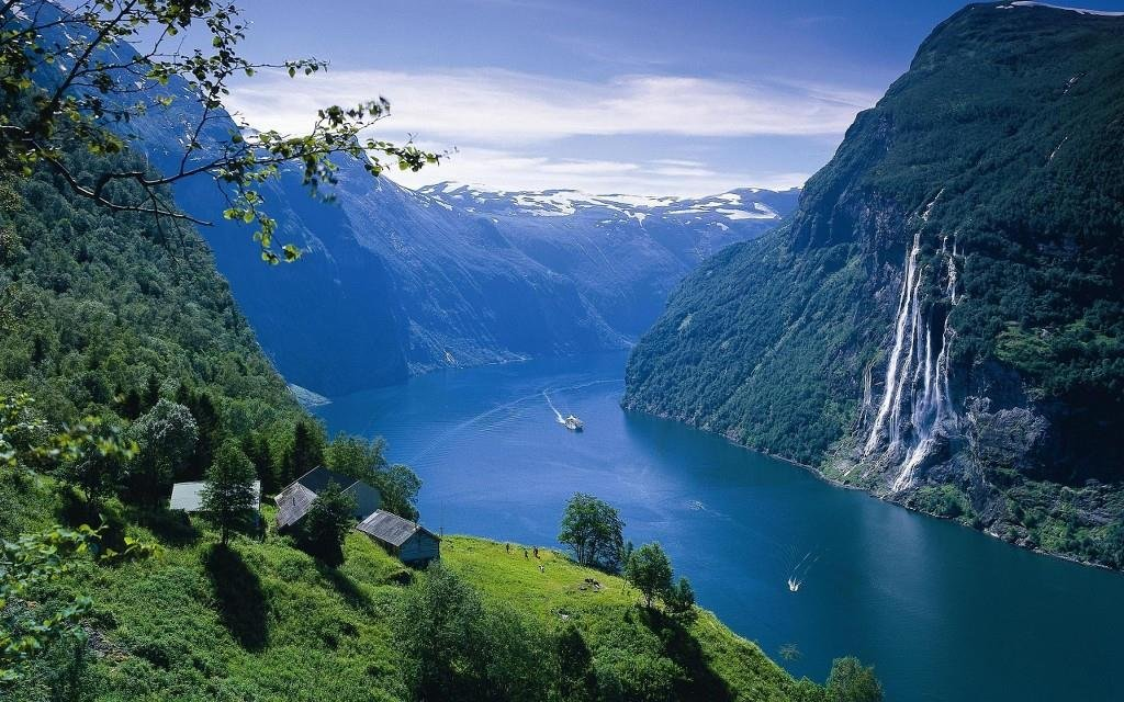 Costa Fascinosa ile Norveç Fiyortları Warnemünde cruise gemi turları